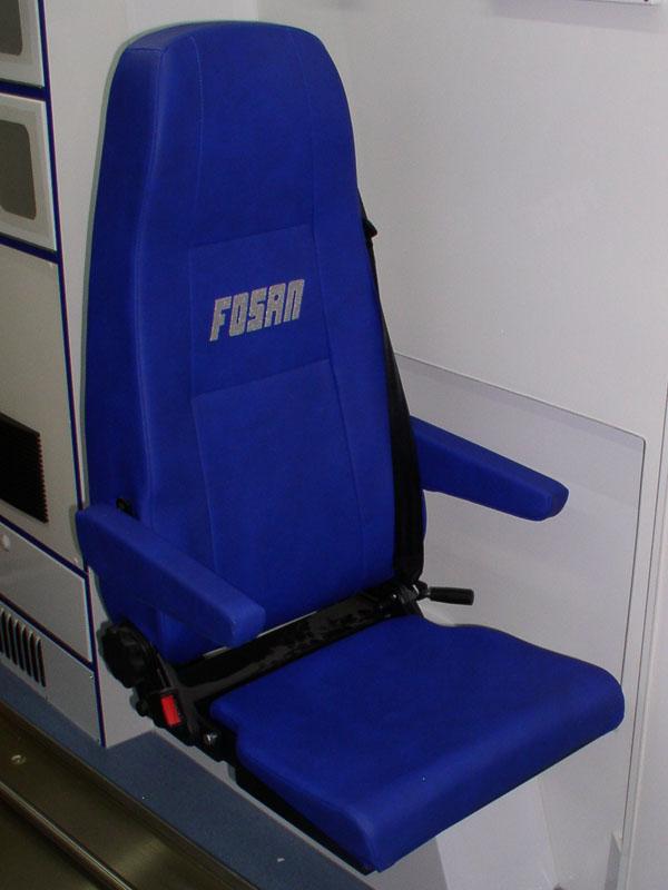 sklopná sedačka ambulantní vozidlo